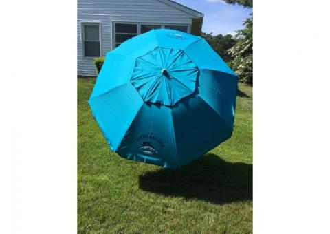 Brand new Tommy Bahama Umbrella