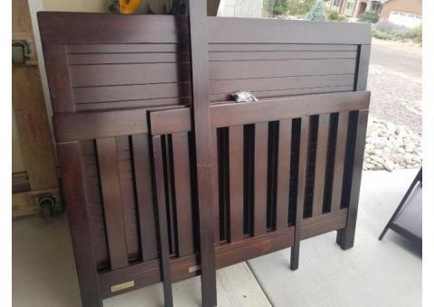Crib & changing table set